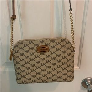 Tan Authentic Michael Kors crossbody purse